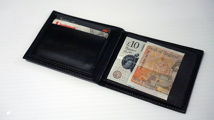 THE-WEISER-WALLET